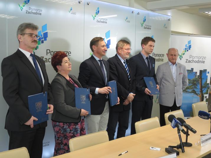 Przedstawiciele Dąbia, Trzebieży i Dziwnowa otrzymają dofinansowanie